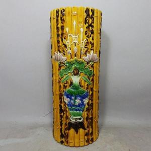 清代黄釉加彩花瓶堆塑竹节帽筒