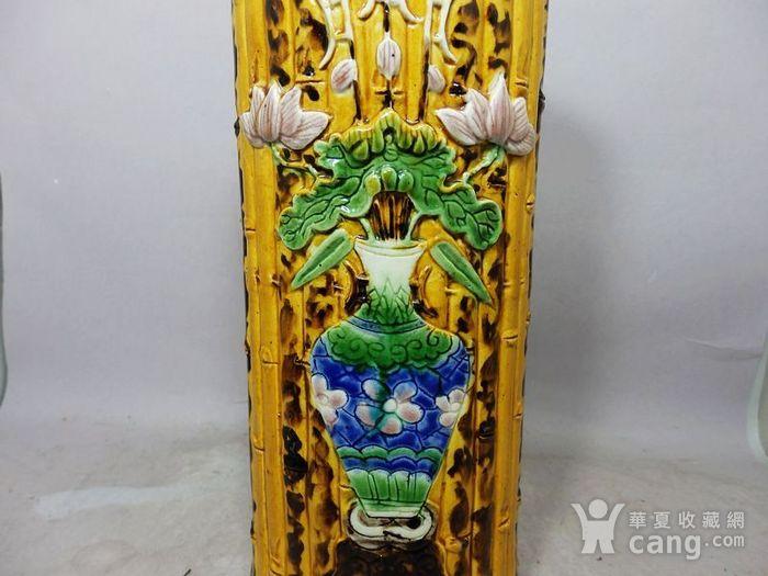 清代黄釉加彩花瓶堆塑竹节帽筒图3