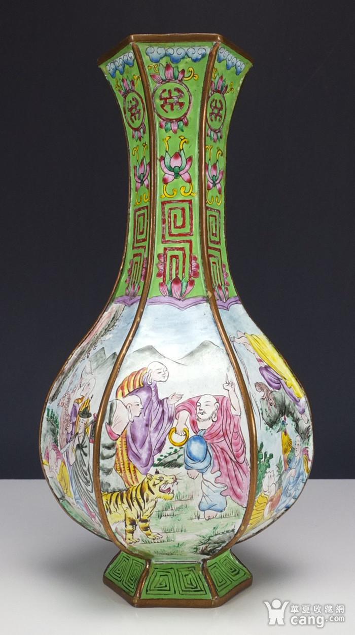 清代铜胎画珐琅彩 山水人物纹 六棱赏瓶图1