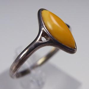 原矿925银镶嵌 鸡油黄蜜蜡戒指