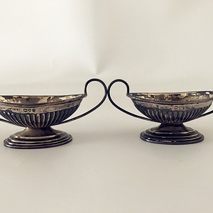 十九世纪法国造银质佐料盏一对29