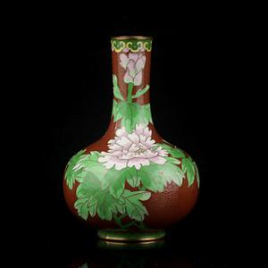 12号拍品 民国铜胎掐丝珐琅纹天球瓶
