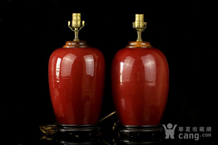 34号拍品 清中期红釉冬瓜罐台灯一对图1