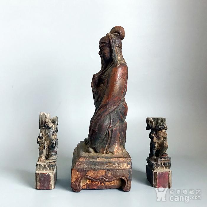 清 amp  8226 木雕关公 持莲童子造像一套图5