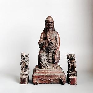 清 amp  8226 木雕关公 持莲童子造像一套