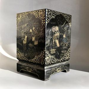 收藏级 漆器 黑大漆描金人物笔筒