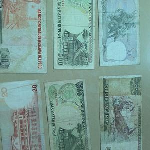 外国钱币10张,