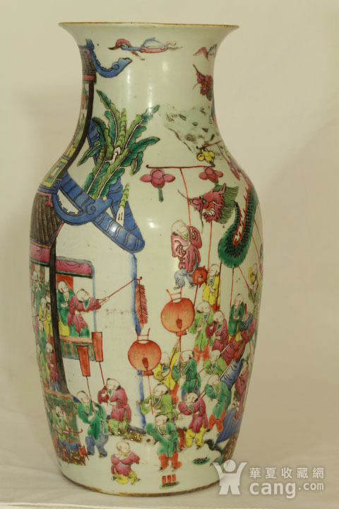 清代粉彩百子龙灯纹150件瓶图1