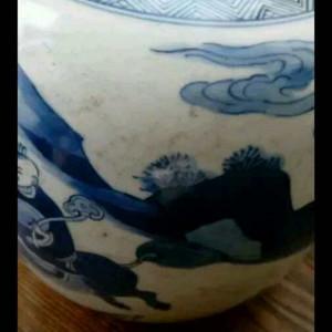 清青花戏婴罐清青花戏婴罐,高18厘米 宽17厘米,包浆好!