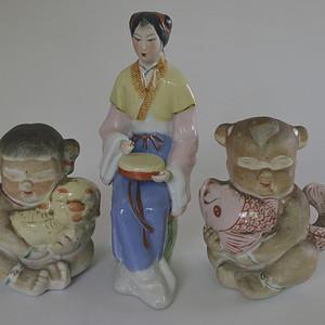 三个老瓷塑