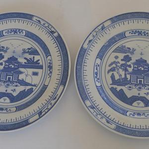 两个青花盘