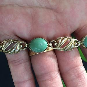 8056老银鎏金嵌绿松手链