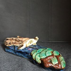 115 建国初石湾窑瓷雕英雄独立壁瓶