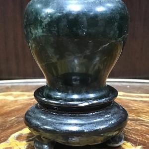119 碧玉小罐