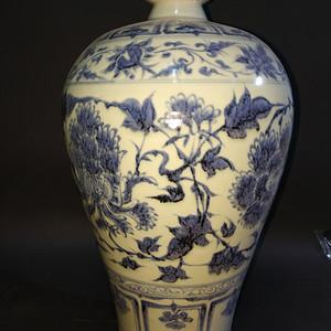 回流的老青花瓶