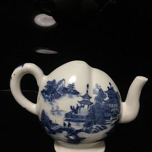 欧洲回流 清青花寿桃茶壶