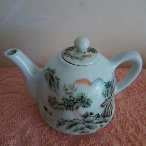 联盟 民国粉彩茶壶