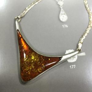 8081欧洲工艺老银嵌琥珀锁骨项链