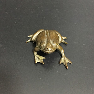 铜青蛙镇尺