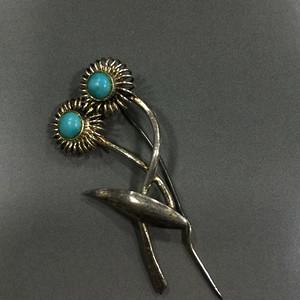 8097银鎏金嵌绿松石纱巾扣