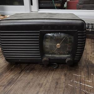 美国产收音机