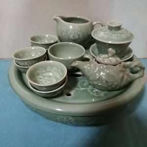 80年代初宜兴青瓷茶具一套