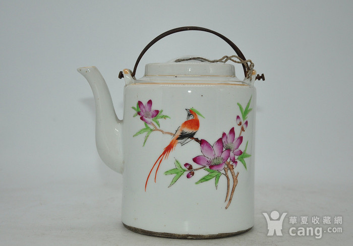 景德镇粉彩老茶壶图1