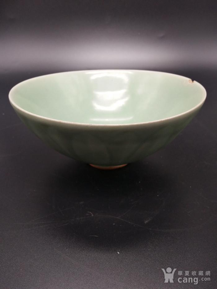 龙泉窑梅子青碗图2