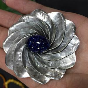 8109老银嵌宝石胸针