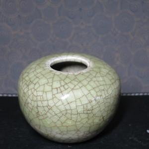 清代哥釉水盂