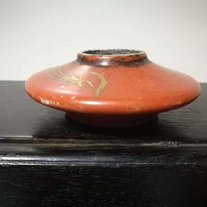 清末珊瑚红描金水盂