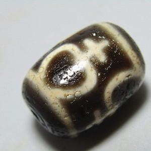 藏传 玛瑙 古瓶天珠 包浆老厚熟润