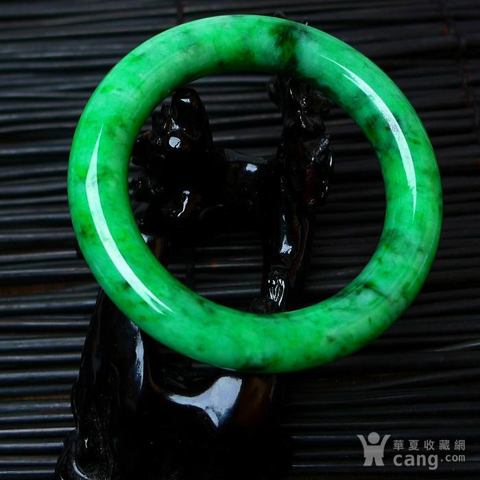 冰润A货翡翠满阳绿大圆条手镯收藏珍品图2