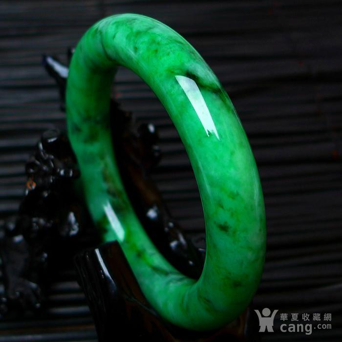 冰润A货翡翠满阳绿大圆条手镯收藏珍品图6