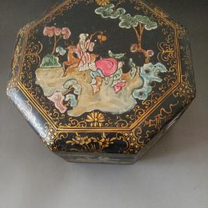 清代老漆画帽盒