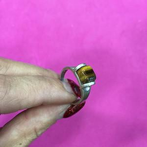8131老银嵌猫眼戒指