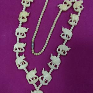 8143欧洲骨雕项链