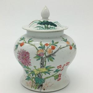 民国 粉彩石榴花卉纹盖罐