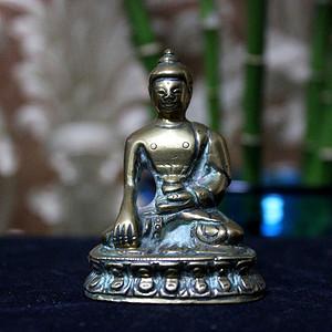 少见精品 15世纪或更早 铜随身佛