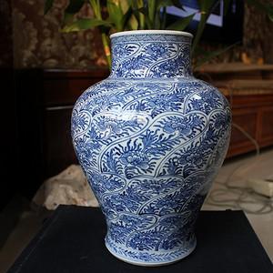 精品 清康熙 青花缠枝花卉大罐