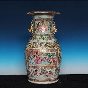 压轴收藏级 34cm清晚期广彩开窗人物故事兽耳大瓶