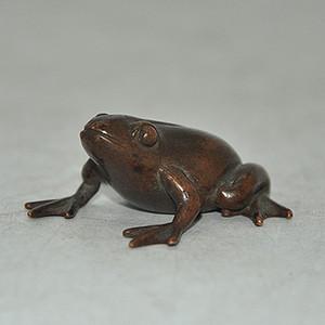 铸铜青蛙小摆件