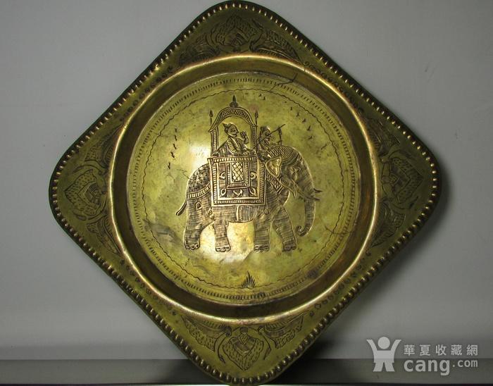 19世纪 錾刻人物故事铜鎏金壁挂饰图1
