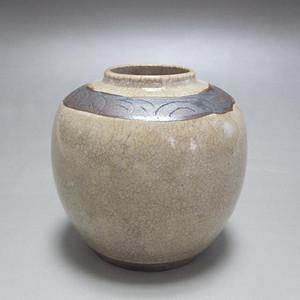 清中期哥釉罐