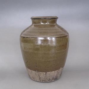 明代茶叶沫釉罐