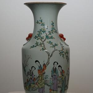 粉彩人物书法瓷瓶