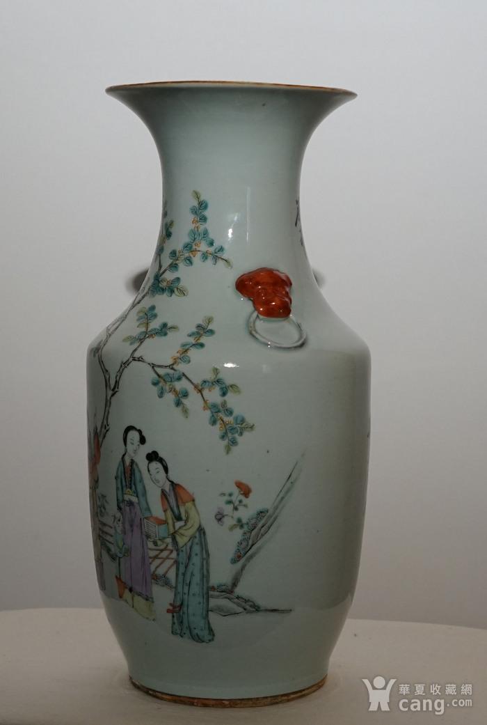 粉彩人物书法瓷瓶图6