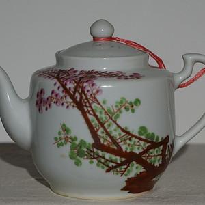 50 60年代粉彩瓷壶