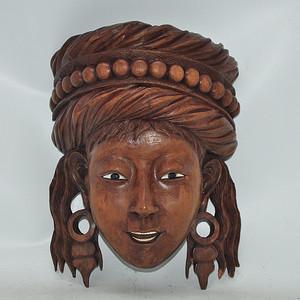 木雕少女头像挂件