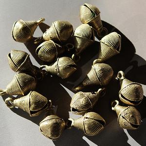 16个老的铜玲Y18 JY17081911